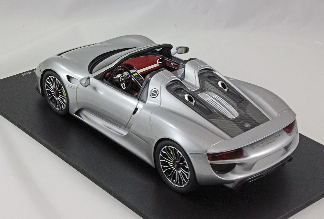 spark model the motorsport collector. Black Bedroom Furniture Sets. Home Design Ideas